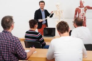 Fachschulen für Physio- und Ergotherapie die medicoreha Akademie ist eine firmeneigene Fachschule in Neuss